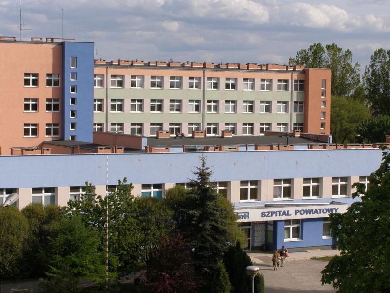 Szpital w Biskupcu - widok budynku z przodu