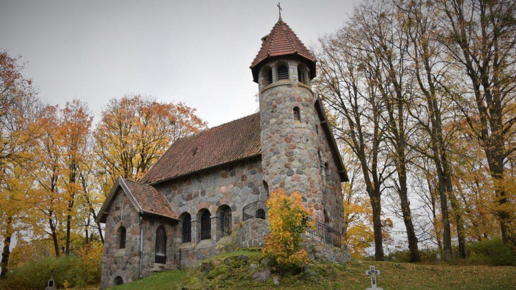 Rasząg neoromański kościół