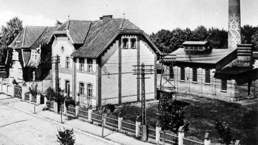 Historyczne zdjęcie elektrowni