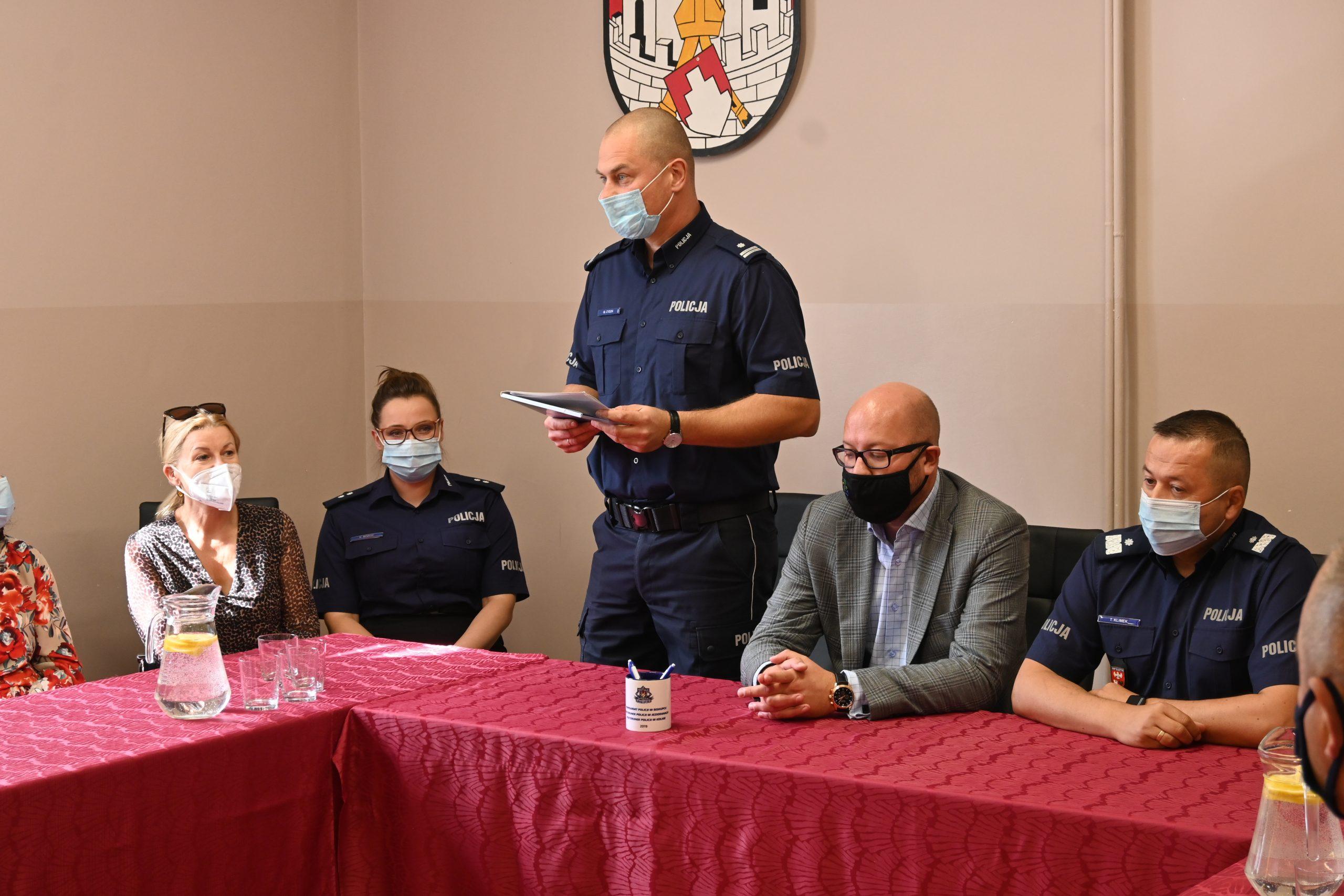 Przemowa Komendanta komisariatu Policji w Biskupcu