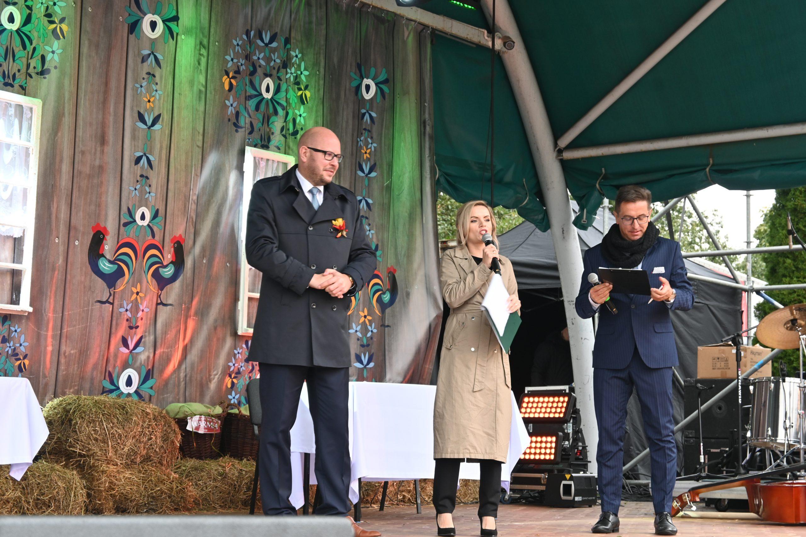 Burmistrz Biskupca na scenie