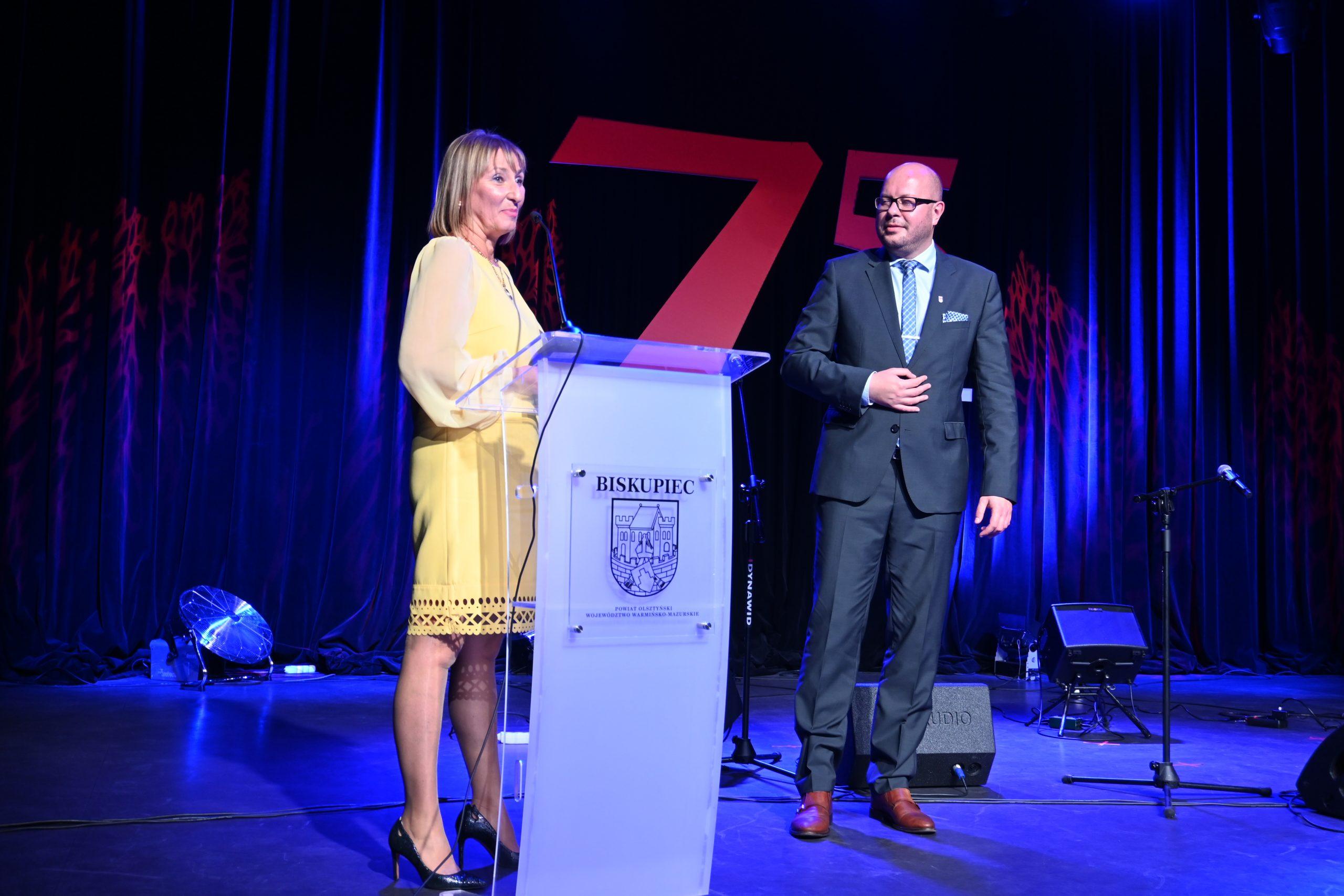 Dyrektor Biblioteki Alicja Kosewska Terech dziękuje Burmistrzowi