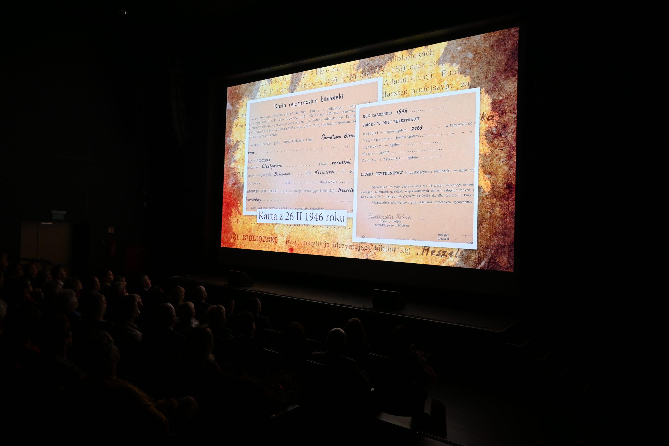 pokaz filmu o Bibliotece